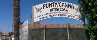"""Lido fascista a Chioggia, ordinanza del prefetto: """"Rimuovere subito cartelli"""". L'assessore M5s: """"Spreco risorse"""""""