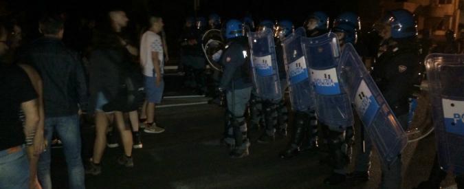 """Gasdotto Tap, spostati 42 ulivi: notte di scontri nel Salento. """"La polizia ha isolato il paese, così si danneggia il turismo"""""""