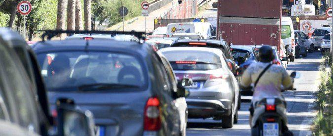 Meno traffico, meno fossili e più auto elettriche. Come andrà nel 2018 (Trump permettendo)?