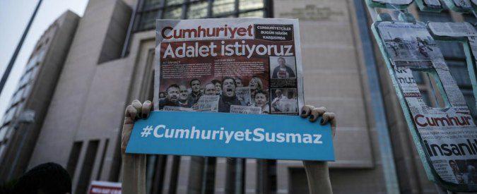 Turchia, salviamo i giornalisti anti-Erdogan. Rischiano l'ergastolo