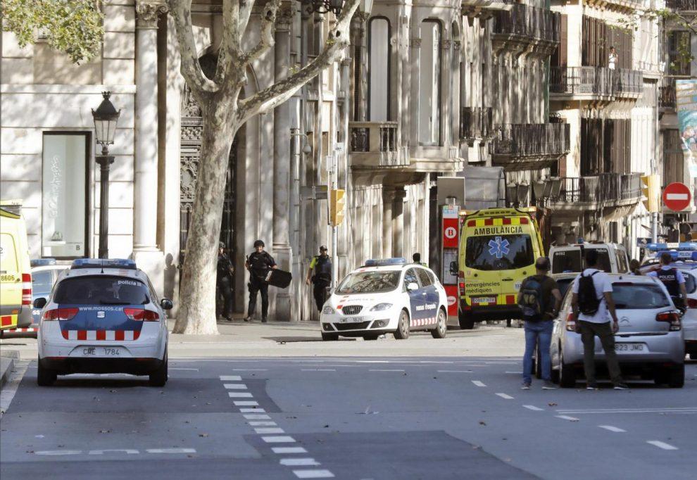 Velocità datazione Barcellona ragazza che sto uscendo sta agendo distante