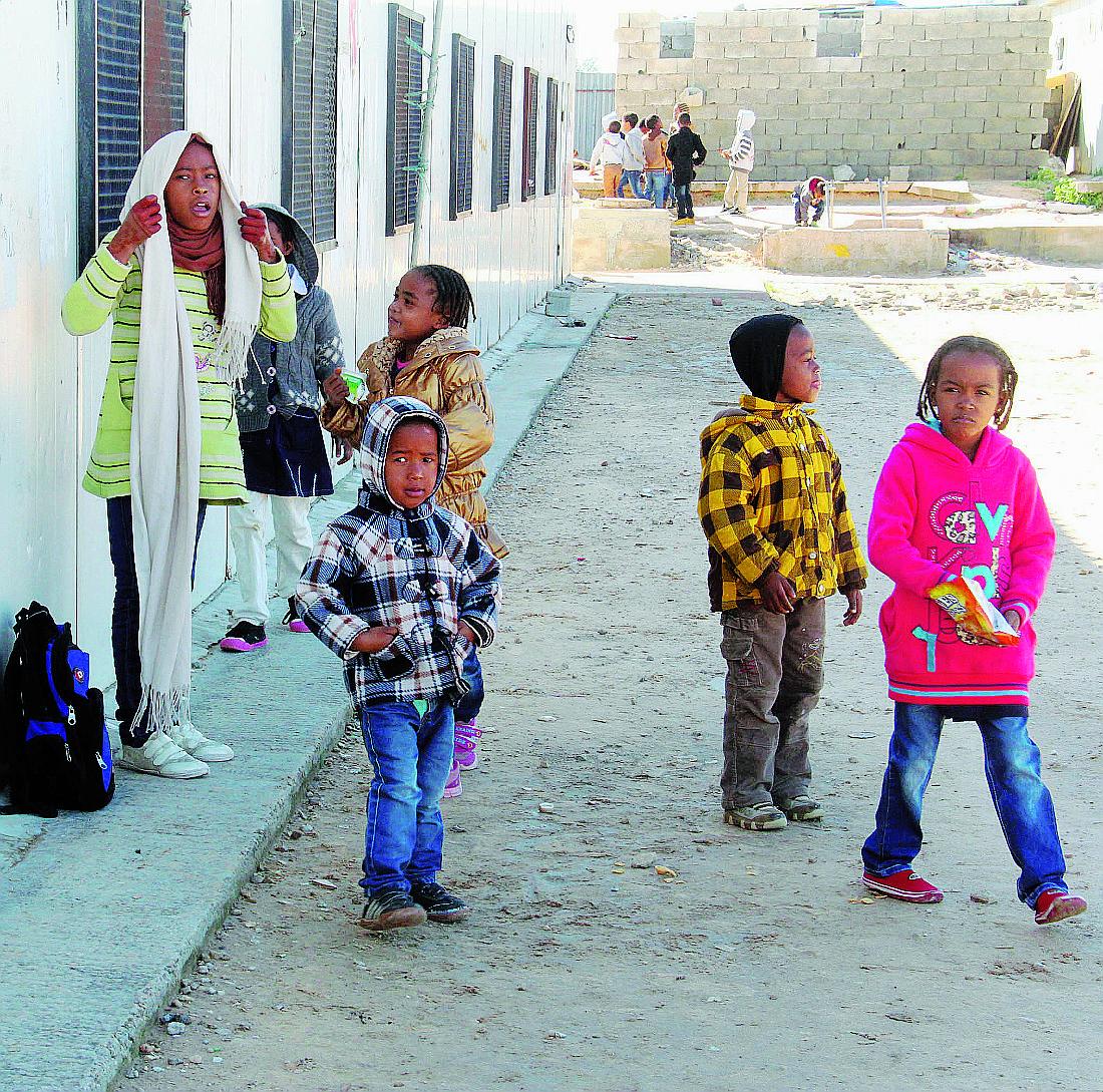 Ong e scafisti, l'Italia perde di vista l'essenziale: i 150mila migranti intrappolati in Libia