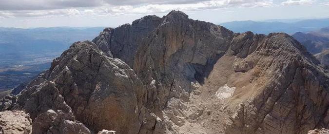"""Gran Sasso, è scomparso il ghiacciaio Calderone. Rifugio: """"Mai successo in 30 anni"""". Ma i meteorologi: """"No, è normale"""""""