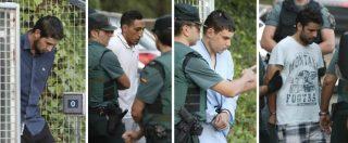 """Attentato Barcellona, i fermati davanti al giudice: """"L'obiettivo era la Sagrada Familia"""". Scarcerato uno dei sospetti"""