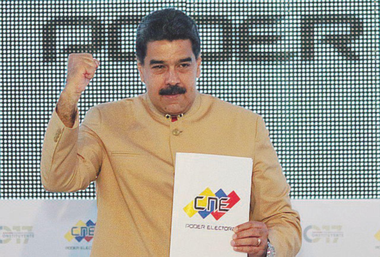 """""""Altro che socialismo: Maduro come Renzi, ha dato solo elemosine"""""""