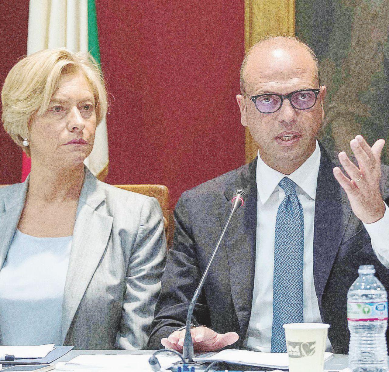 Partono le navi italiane con l'incognita dei libici