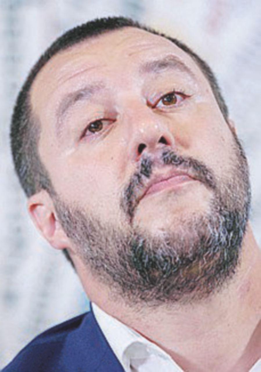 """Salvini: """"Alleanza con il Movimento? Non escludo nulla"""""""