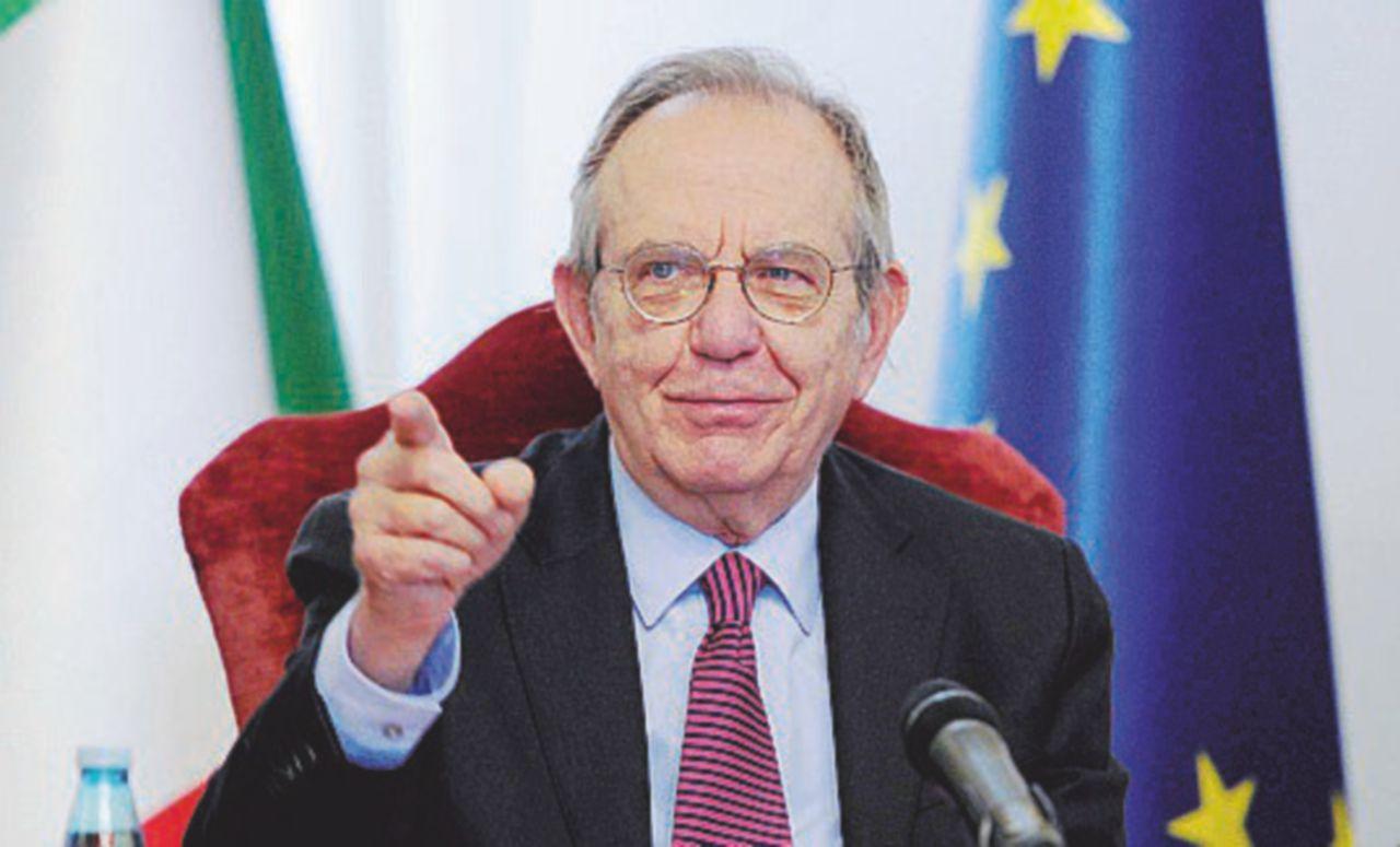 Padoan smonta (di nuovo) il bluff di Renzi sui conti