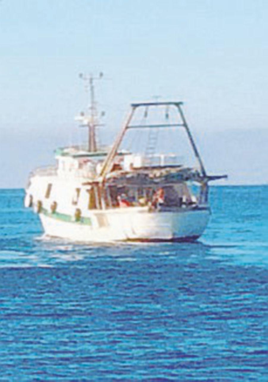 Spari sui pescherecci. Motovedetta tunisina respinta dalla Marina