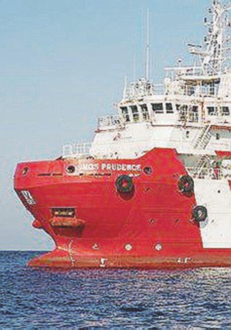 Nave Msf attracca a Catania, Open Arms ferma al largo di Malta