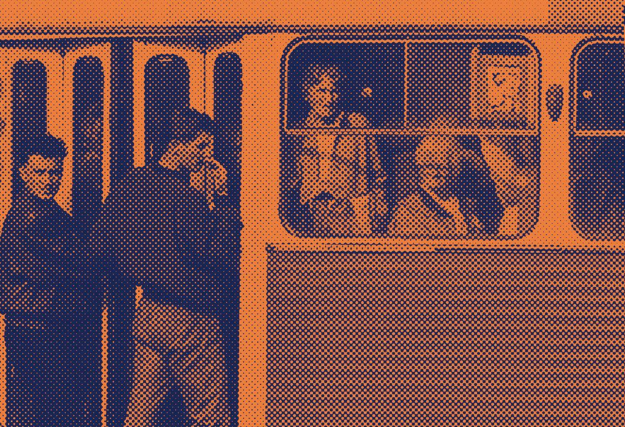 Sul bus come un buttafuori caccio le tribù di pendolari