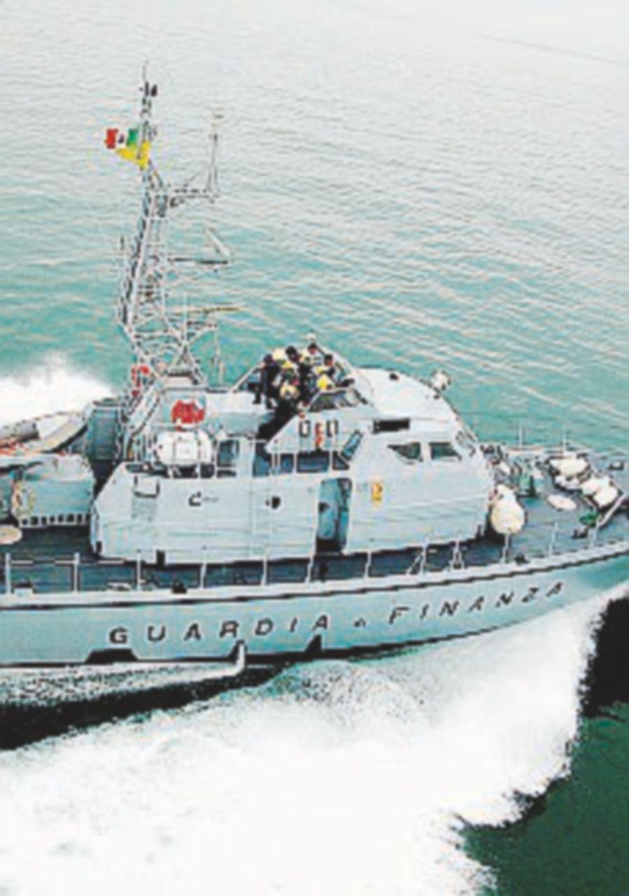 A Otranto sbarcati 137 tra curdi e iracheni Arrestati i trafficanti