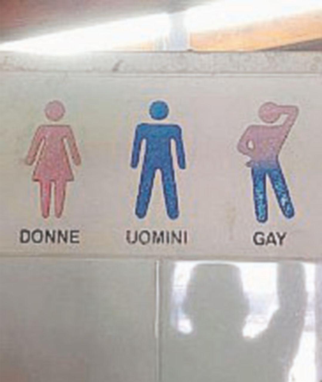 Bagni per lui, per lei e per gay: insorge la comunità Lgbt leccese