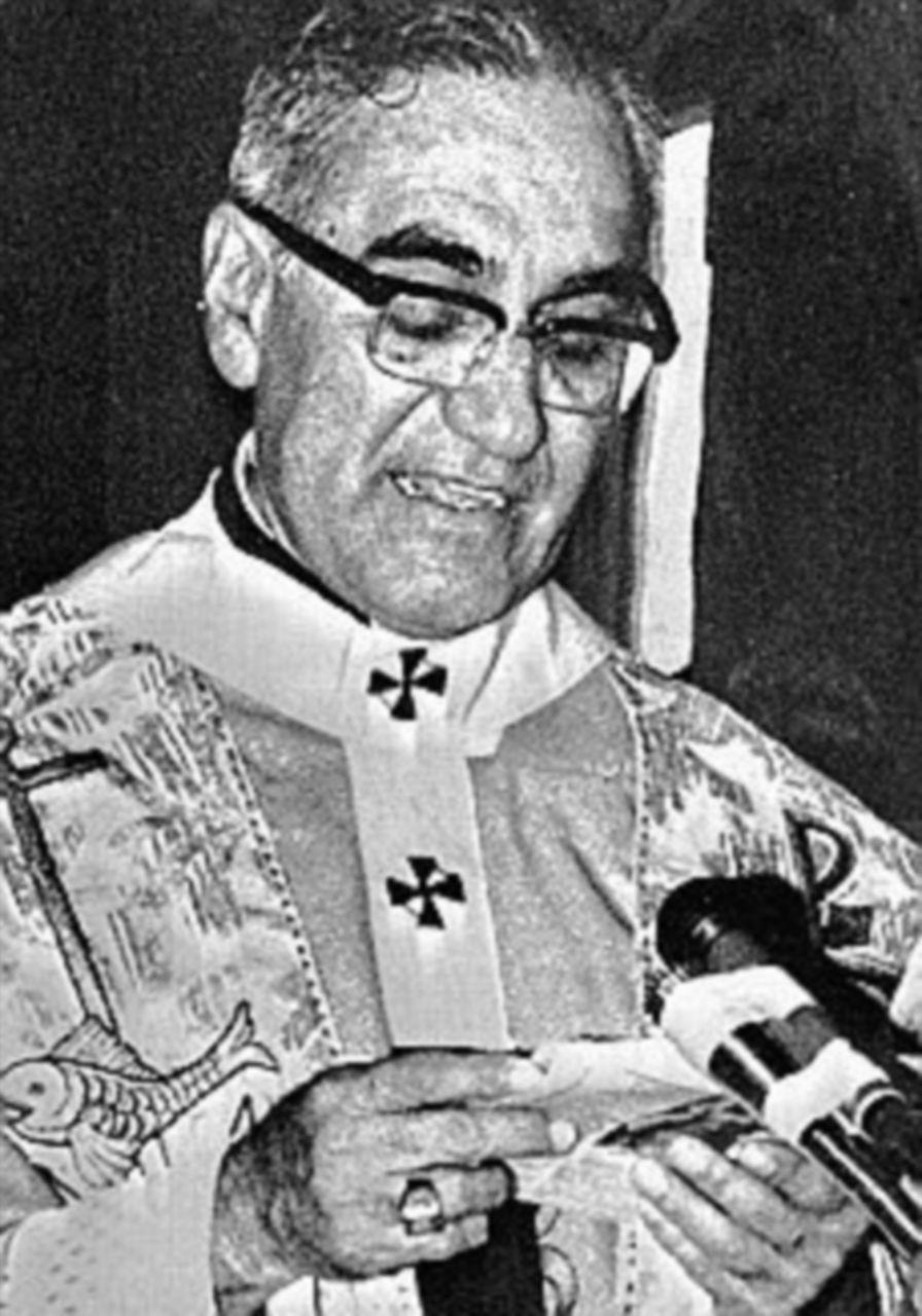 Il Papa a San Salvador per canonizzare monsignor Romero