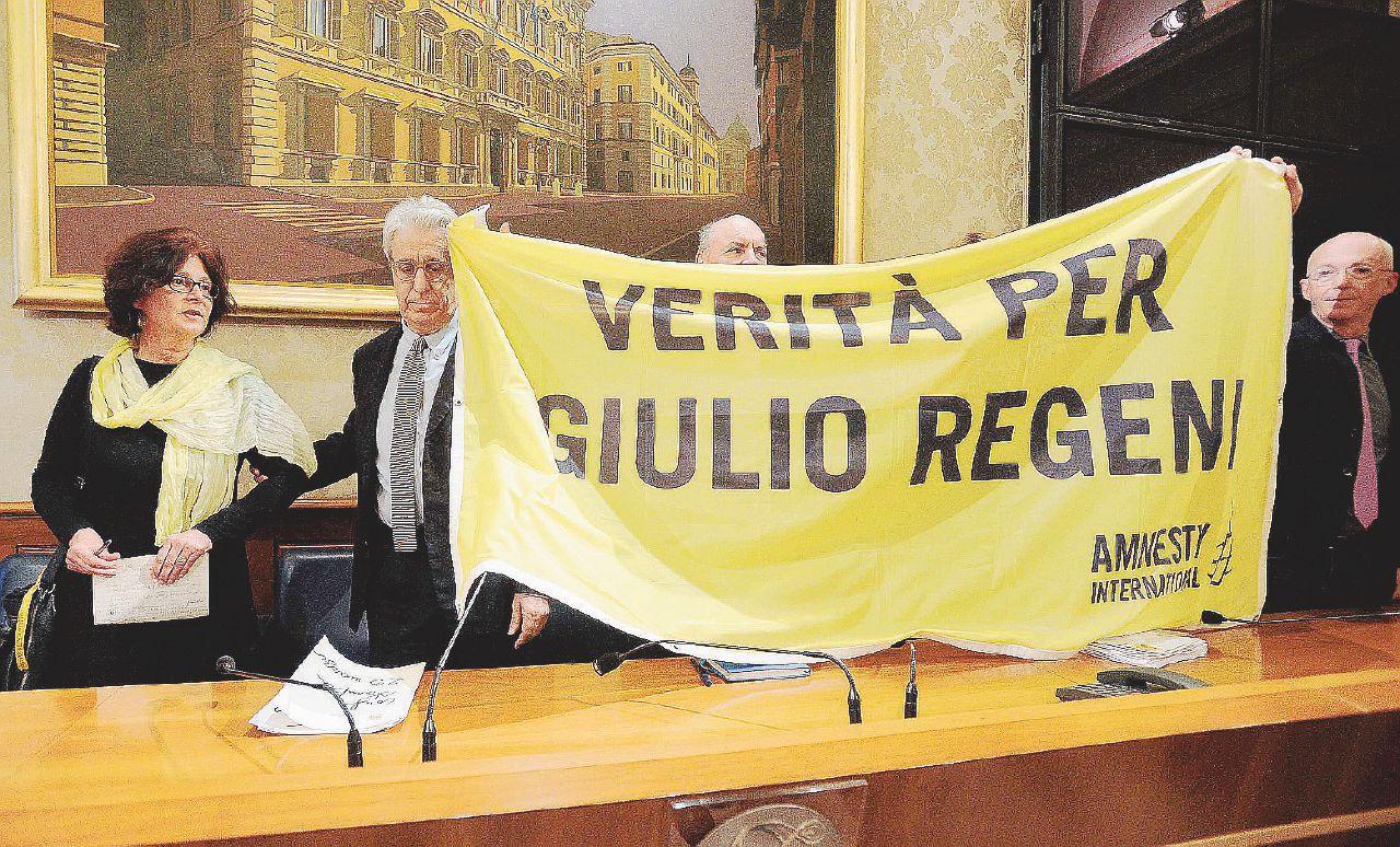 """""""Ne parliamo a settembre"""". Boldrini-M5S: """"No, adesso"""""""