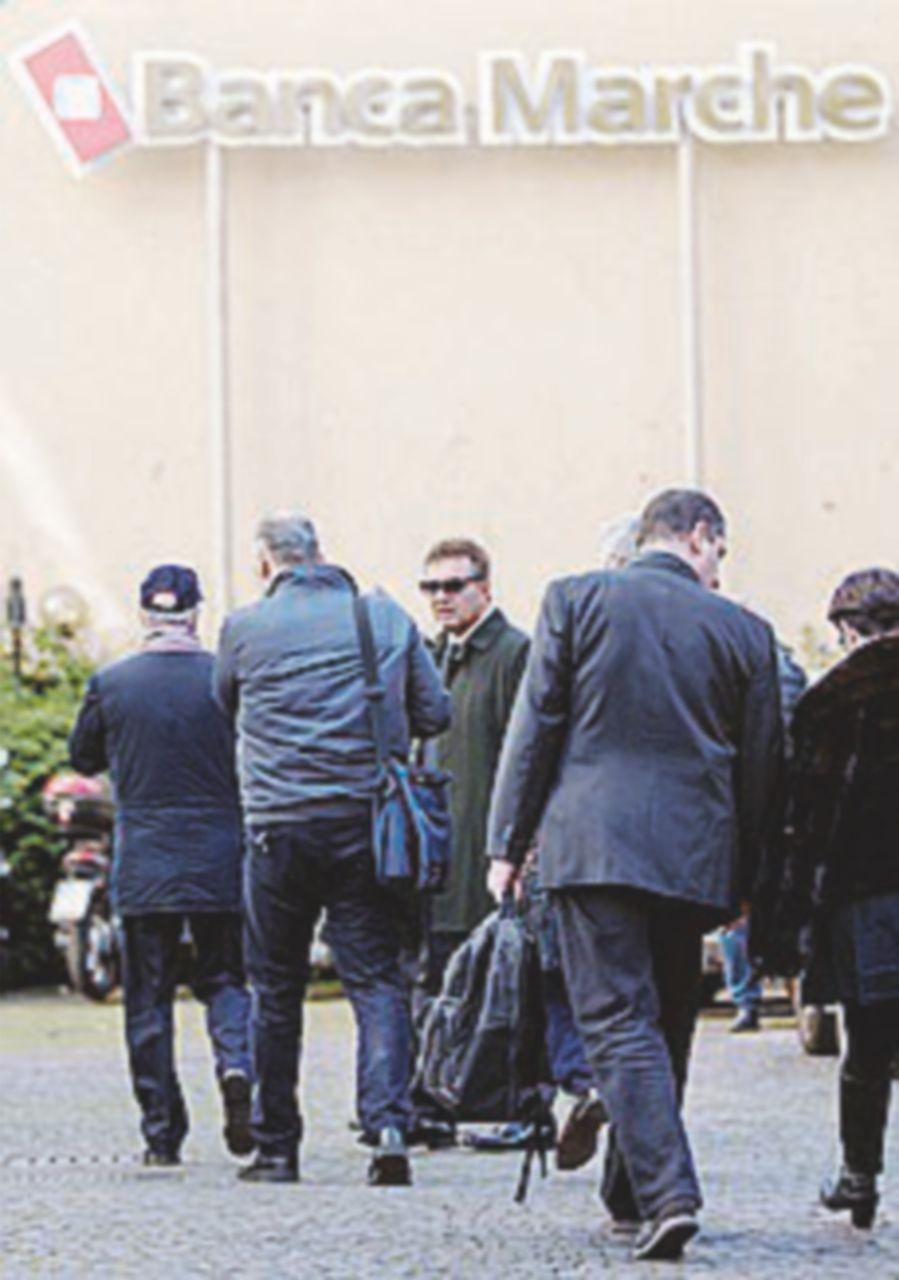 Crac Banca Marche: chiesto il processo per 17 manager