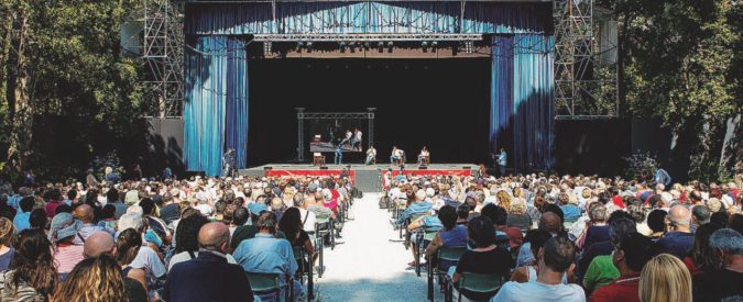 """Il """"Fatto"""" alla Versiliana: processi, migranti e musica"""