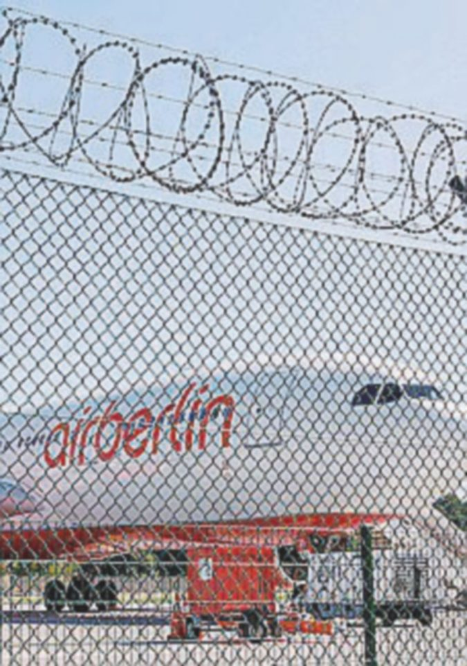 "Air Berlin: il governo frena su Lufthansa ""Viola la concorrenza"""