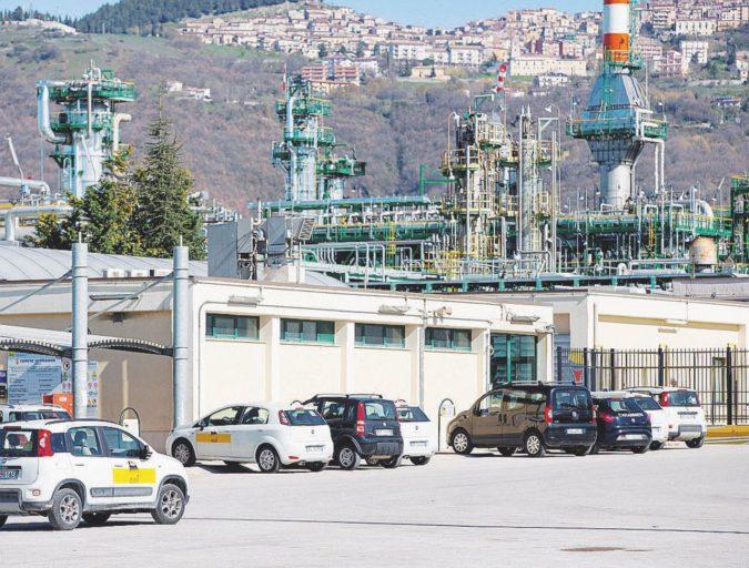 Inquinamento in Lucania: l'Eni chiede di patteggiare