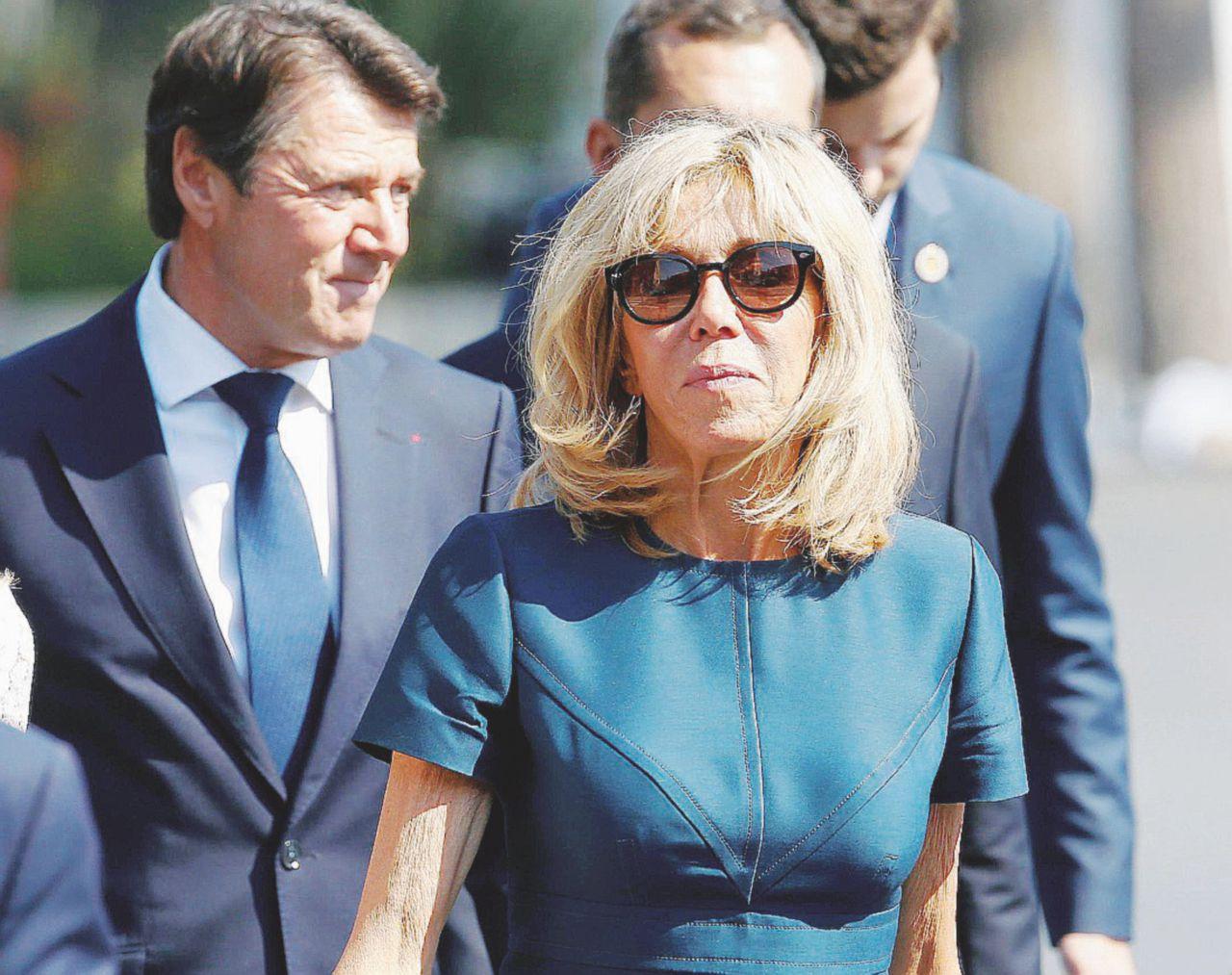 Brigitte Première Dame senza ufficio né stipendio
