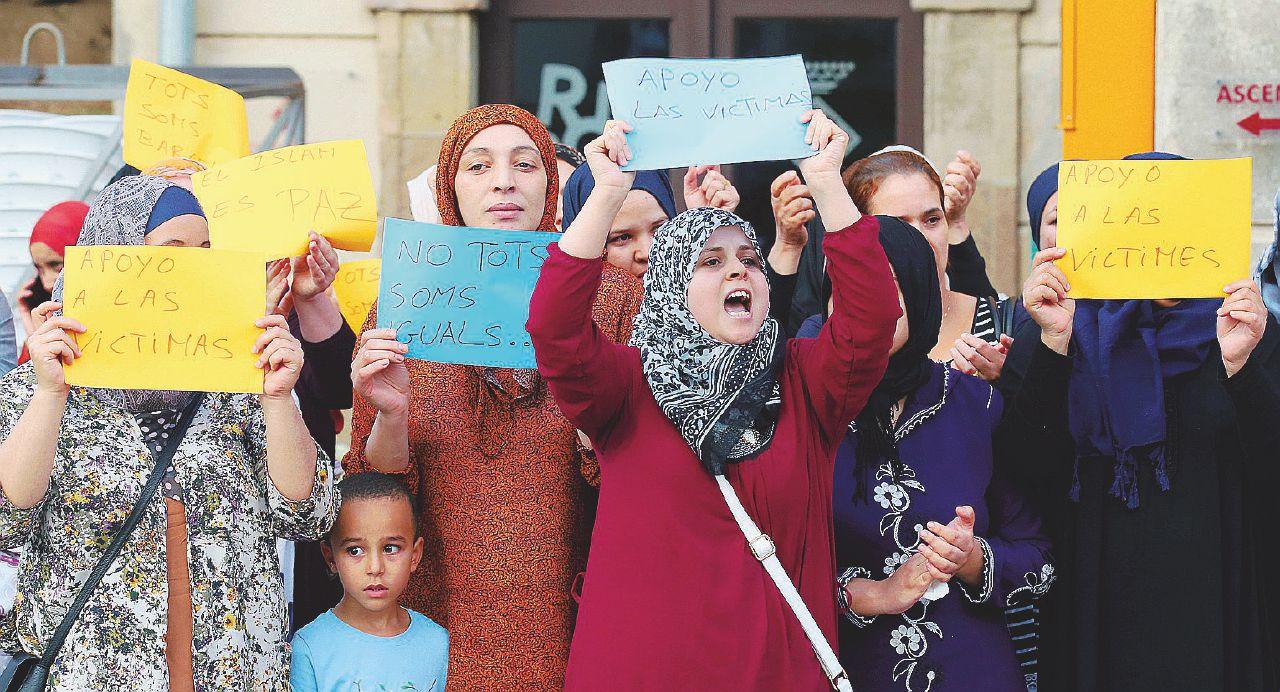 Gli islamici di nuovo in piazza contro le aggressioni