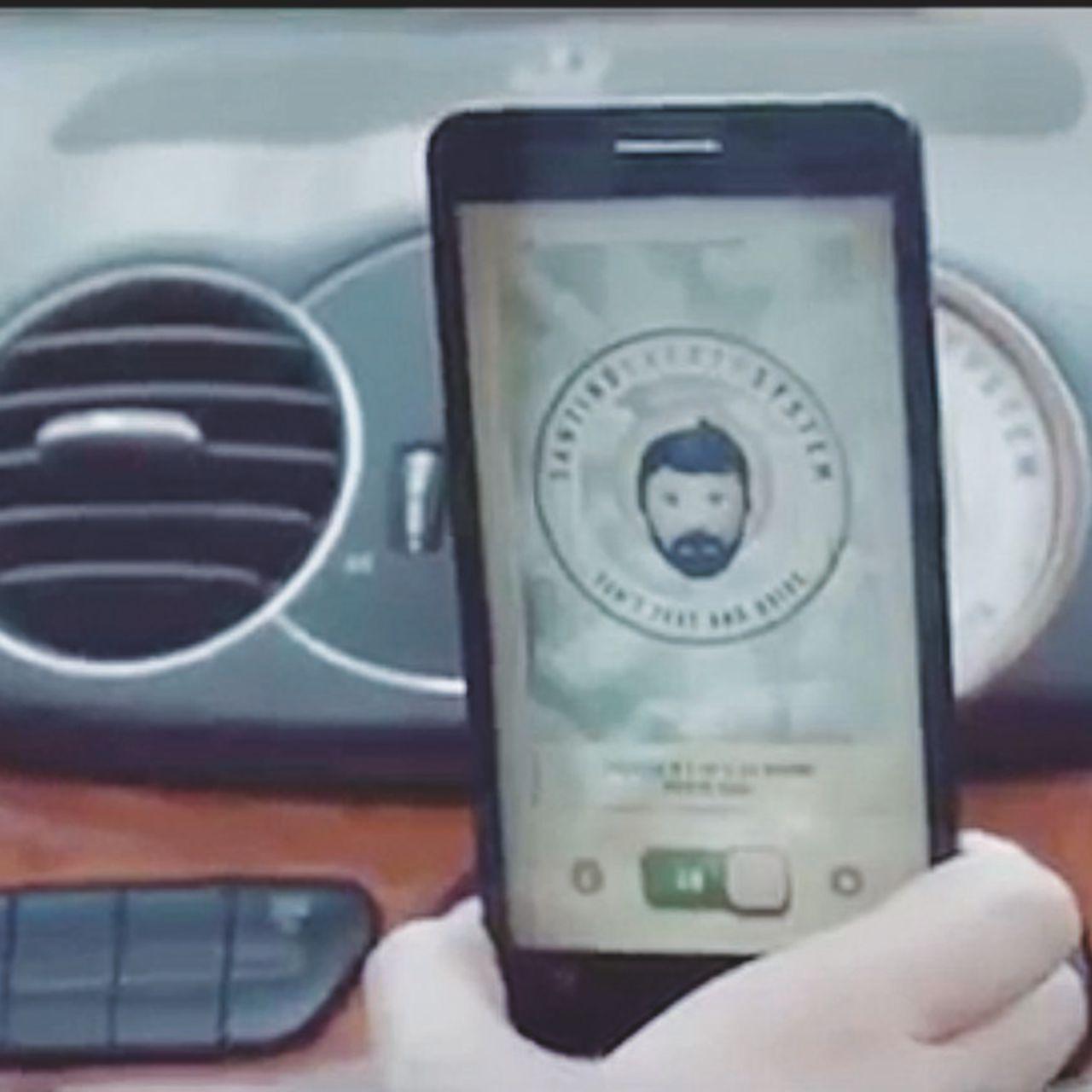 La santa app degli automobilisti digitali contro i pericoli moderni