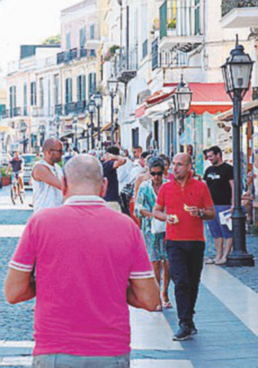 Passata la paura nell'isola riprende il clima vacanziero