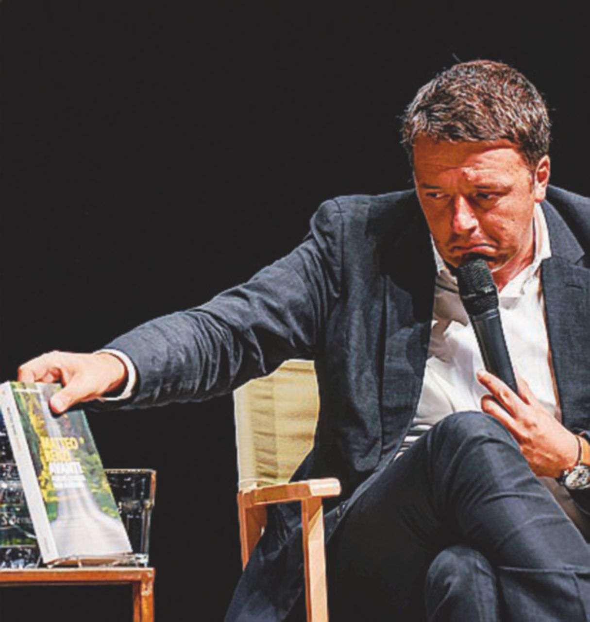 Sarzana, Renzi si imbuca ma viene respinto
