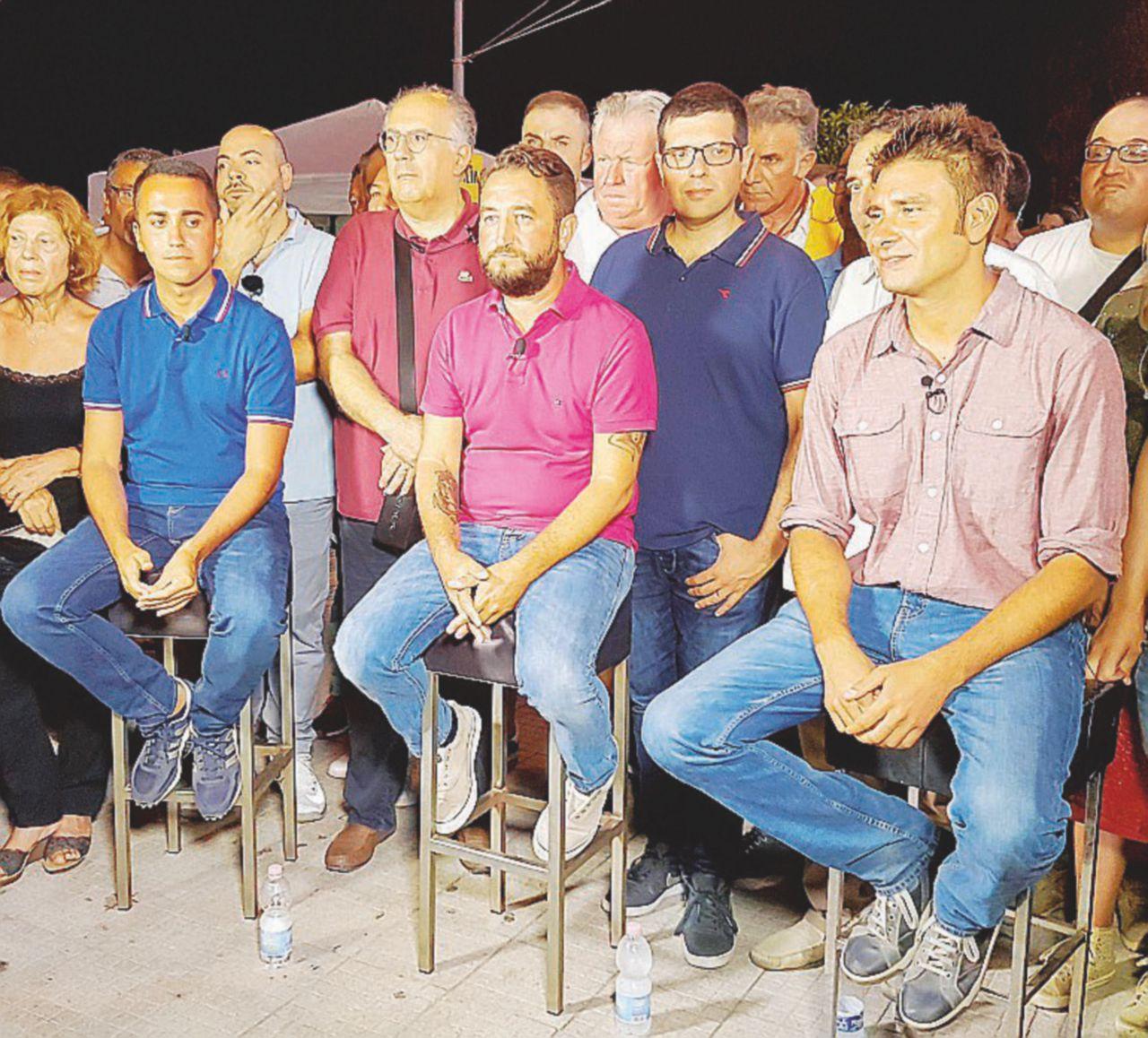 """M5S, fine del tour: """"Noi la mafia la combattiamo"""""""