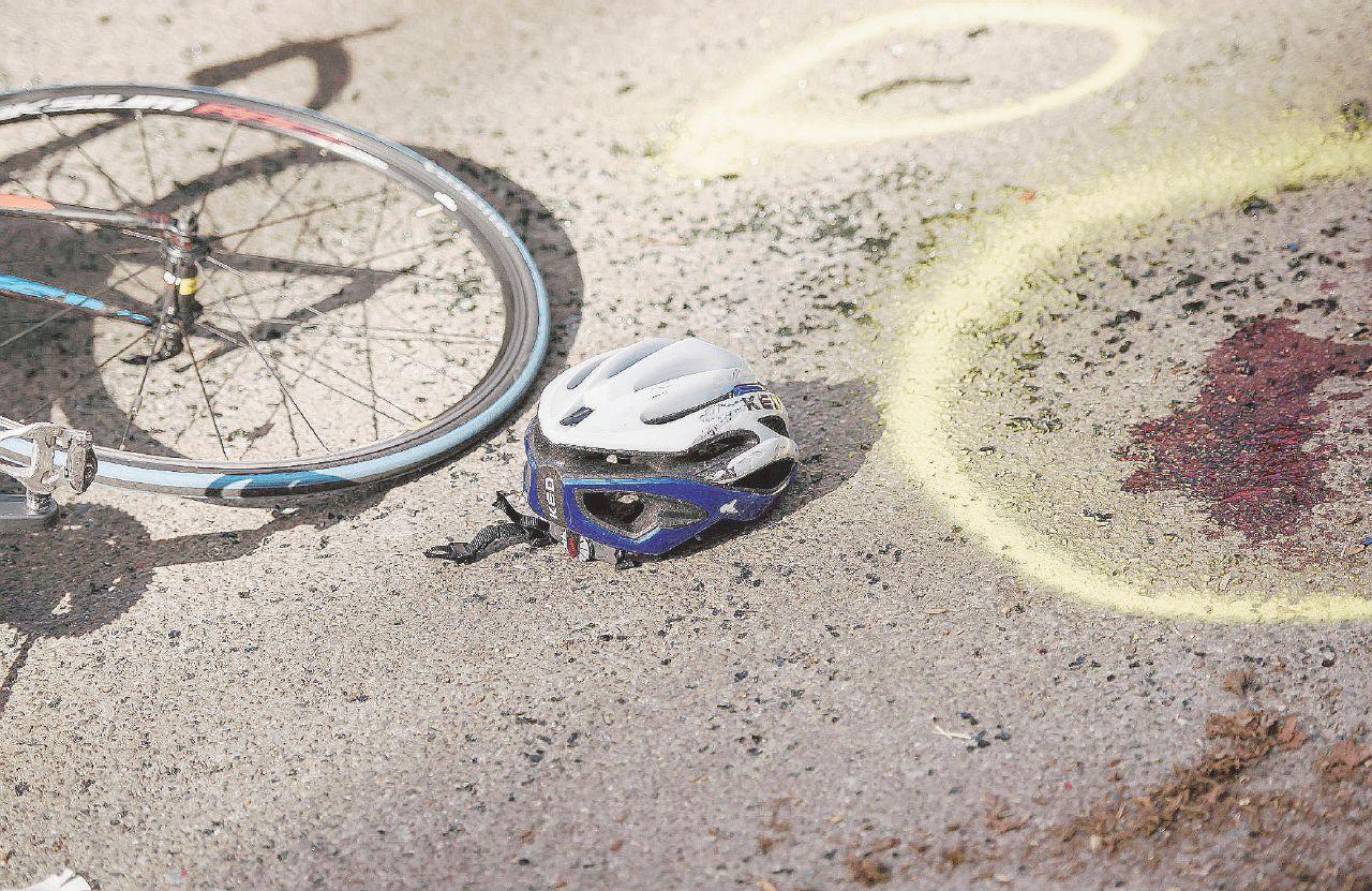 Diciottenne travolge e uccide un ciclista. Poi scappa, torna a casa e va a dormire