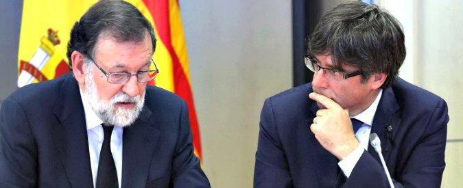 """Attentato Barcellona, ministro distingue tra morti """"spagnoli"""" e """"catalani"""". Finita subito la """"concordia nazionale"""""""