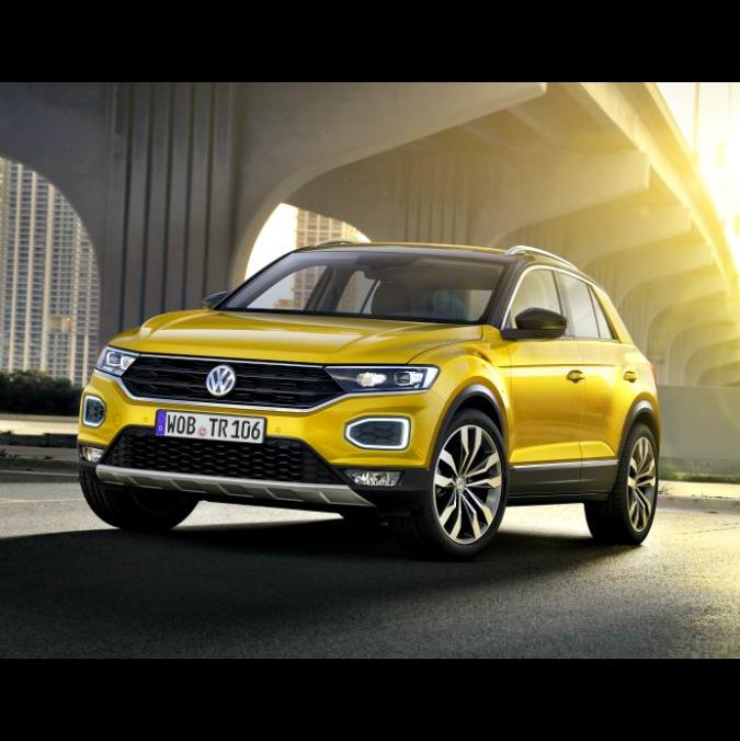 Volkswagen T-Roc, presentato in Italia il piccolo suv di Wolfsburg – FOTO
