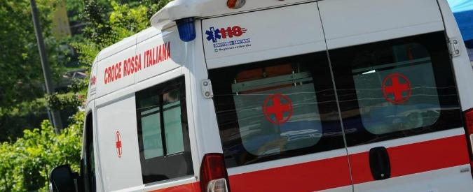 Torino, incidente sul lavoro: addetto alle pulizie muore schiacciato da balle di polietilene