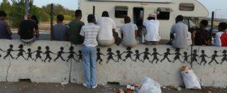 """Migranti, è pronto il taglio dei 35 euro. Documento Viminale-Anac: """"Tra 19 e 26 euro il costo giornaliero dell'accoglienza"""""""