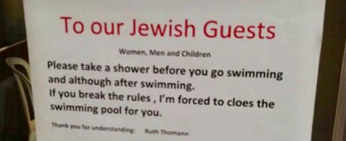 """Svizzera, l'avviso in hotel: """"Gli ebrei devono farsi la doccia prima di entrare in piscina"""". Israele chiede le scuse ufficiali"""