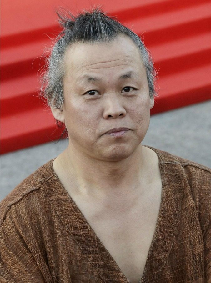 Kim Ki-duk, il famoso regista accusato di aver schiaffeggiato un'attrice per costringerla a una scena di nudo