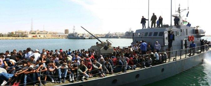 """Libia, Reuters: """"Gruppo armato guidato da ex boss della mafia impedisce la partenza della barche per l'Italia"""""""
