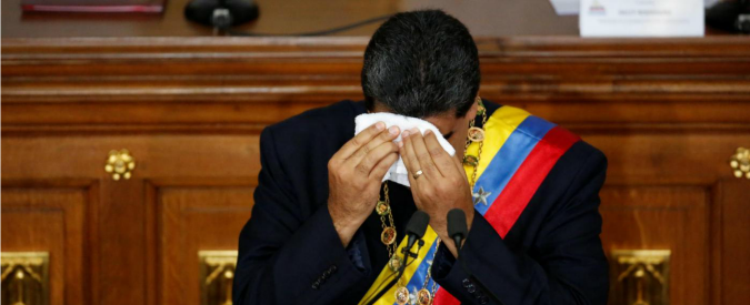Venezuela, Maduro si gioca la carta della moneta virtuale per forzare il blocco finanziario
