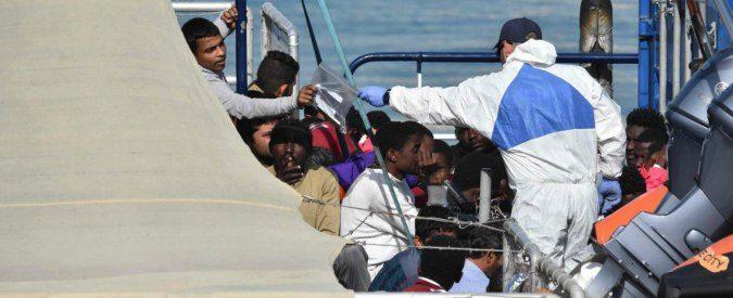 Migranti e ong, un'alternativa al metodo Minniti non c'è