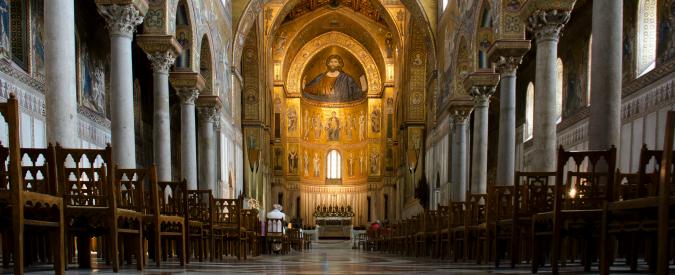 Monreale, via il banco donato alla chiesa da Michele Navarra. Nessun inchino per il boss