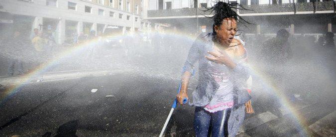 Migranti Roma, agli sgomberi io c'ero e ho visto chi sono i violenti