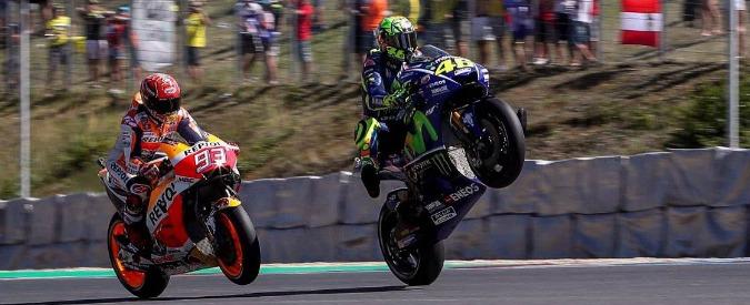 MotoGp Brno, le qualifiche: Marquez vola in pole, ma Valentino è subito dietro