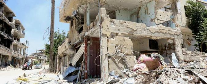 """Siria, Al Arabiya: """"100 minori uccisi in un raid della coalizione Usa su campo di addestramento Isis"""""""