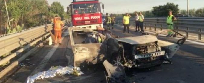 Bari, ubriaco alla guida tampona un'auto sulla statale: 3 morti carbonizzati. Il conducente arrestato per omicidio
