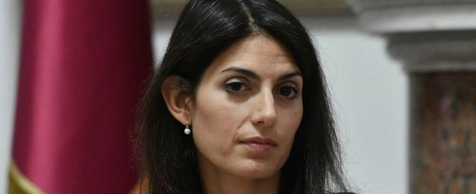 Roma, Virginia Raggi in Procura per presentare esposto per presunte anomalie su Ipa