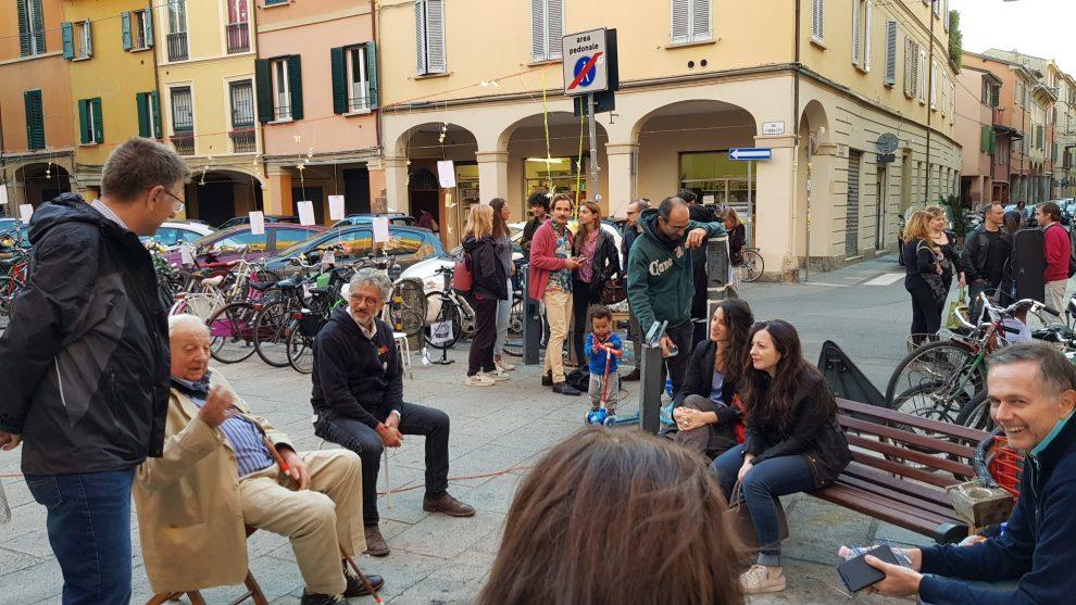 Bologna, la Social street di via Fondazza compie quattro ...