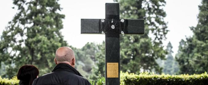 """Milano, Sala ferma la proposta del suo assessore di deporre fiori per i caduti di Salò: """"Nessuna corona al Campo X"""""""