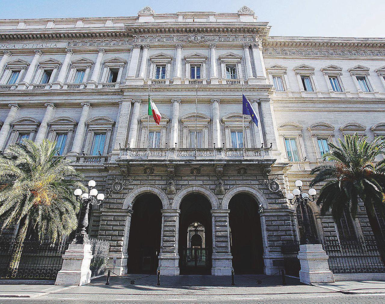 In Edicola sul Fatto Quotidiano del 1 settembre: Procura di Roma – E adesso Visco è a rischio