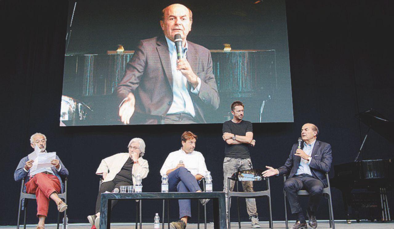 """Bersani: """"Il Pd è un partito portato a destra"""""""