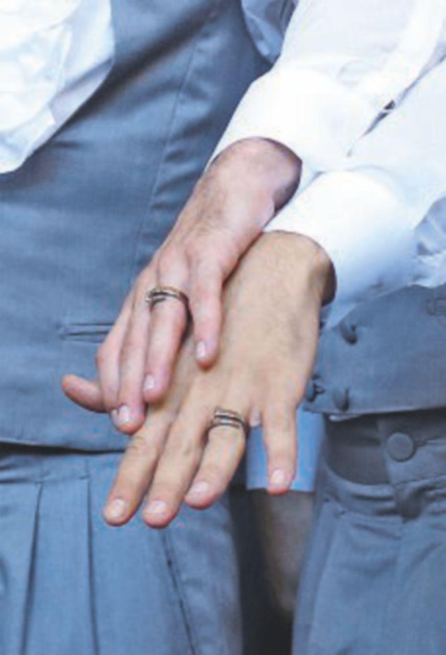 Il sindaco leghista rifiuta l'unione gay. Tocca all'assessore